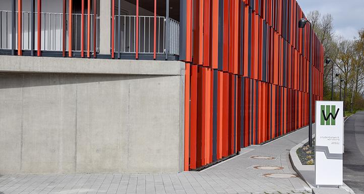Das Studentenwerk Würzburg feiert die Einweihung des neuen Wohnheims in der Coburger Straße in Bamberg